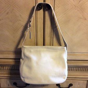 Vintage Coach Soho Zip Tote-Off White leather